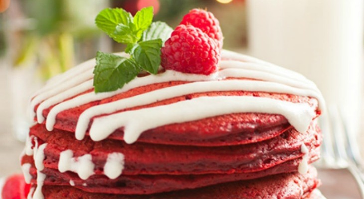 red-velvet-pancakes-feature-730x400